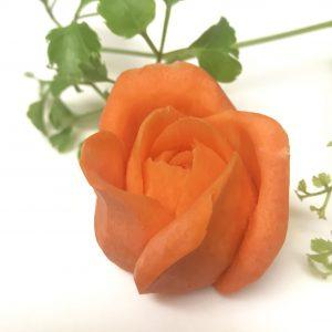 ベジタブルカービング 人参カービングで作るバラの花 飾り切り